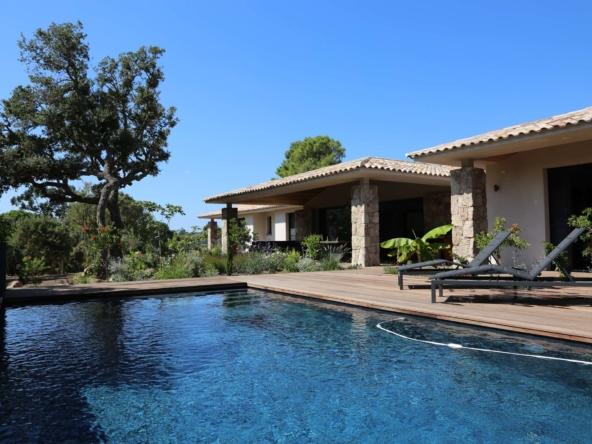 Location Villa Saint Cyprien Porto-Vecchio authentique avec piscine